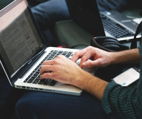 laptop-remote-working-writing-typing-7114